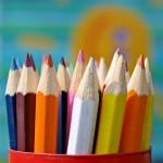 Ein Behälter voller Buntstifte - ©Ernst Vikne http://www.flickr.com/people/iboy/